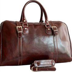 Geanta de voiaj din piele naturala de vitel, un compartiment principal inchis cu fermoar si doua curele reglabile, un buzunar interior, curea de umar din piele naturala,detasabila si reglabila, dimensiuni:46x21x28.Fabricata in Italia. Hand Luggage, Natural Leather, Travel Bag, Bag Making, Leather Bag, Shoulder Strap, Pocket, Interior, Aircraft