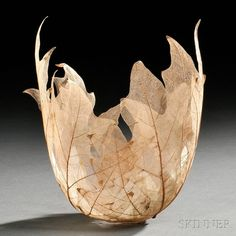 """"""" Beautiful Leaf Bowls Made From Real Leaf Skeletons by Kay Sekimachi Ethereal bowls made from the skeletons of maple and other leaves are the latest addition to Japanese artist. Leaf Skeleton, Paper Bowls, Leaf Bowls, Leaf Crafts, Colossal Art, Paperclay, Leaf Art, Nature Crafts, Wood Art"""