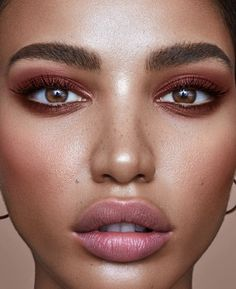 rose gold makeup looks easy fall makeup looks simple fall makeup looks Rose Gold Makeup Looks, Fall Makeup Looks, Natural Makeup Looks, Simple Makeup, Natural Lips, Makeup Trends, Makeup Inspo, Makeup Inspiration, Makeup Tips