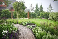 Landscape and garden design Modern Garden Design, Landscape Design, Arbors Trellis, Chelsea Flower Show, Garden Inspiration, Backyard Landscaping, Garden Plants, Pergola, Outdoor Structures