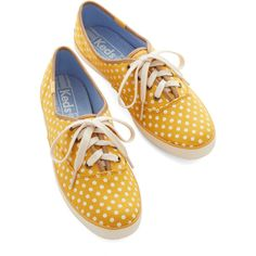 Keds Night Classics Sneaker ($35) ❤ liked on Polyvore featuring shoes, sneakers, yellow, zapatillas, flats, flat, sporty, flat sneakers, slip-on shoes and keds shoes