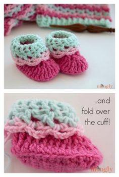 Loopy Love Newborn Baby Booties Free Crochet Pattern