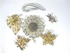 Vintage Mod Lot OF 6 Brooches / Pins CROWN TRIFARI GROSSE MONET ORA SARAH COV #MIXED