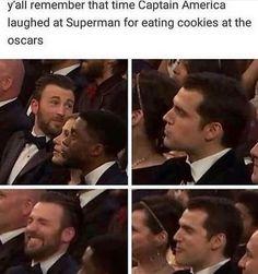 Avengers Humor, Marvel Jokes, Funny Marvel Memes, Baby Avengers, Avengers Cast, Funny Comics, Marvel Avengers, Dc Comics, Really Funny Memes