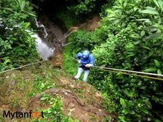 50 things to do in costa rica - rappeling waterfalls