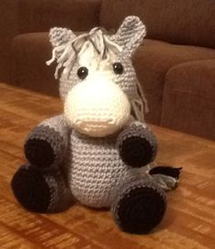 """Little Horse. This is one Amy project modified. You can buy the original pattern from Amy. All her """"amigurini"""" are really so beautiful!"""