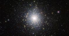Imagem do telescópio Vista, do Observatório Europeu do Sul (ESO, na sigla em inglês), mostra o aglomerado de estrelas globular 47 Tucanae (NGC 104), a 15 mil anos-luz da Terra. O aglomerado contém milhões de estrelas, algumas bem incomuns e exóticas. O telescópio está captando imagens da região das duas galáxias Nuvens de Magalhães