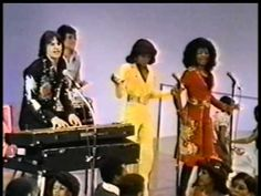 "KC & the Sunshine Band -- on Soul Train !! ""That's the way I like it!"""