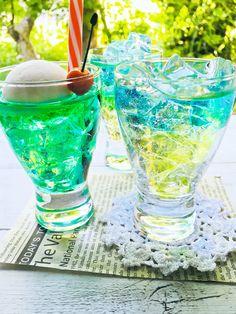 Candy Drinks, Dessert Drinks, Fun Drinks, Rainbow Drinks, Rainbow Food, Coctails Recipes, Drinks Alcohol Recipes, Cute Desserts, Homemade Desserts