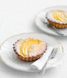 mouthwatering mango & almond tarts