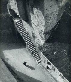 "liquidnight: "" Jan Lauschmann Castle Stairs, 1927 From Tschechoslowakische Fotografien "" History Of Photography, Vintage Photography, Street Photography, Abstract Photography, Dramatic Photography, Amazing Photography, Photography Ideas, Stair Steps, Foto Art"