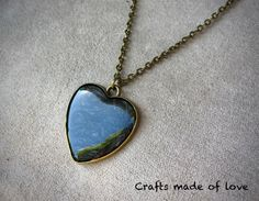 Black heart shaped pendant by CraftsMadeOfLoveShop on Etsy https://www.etsy.com/nz/listing/515324737/black-heart-shaped-pendant