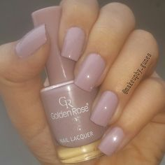 Golden rose color expert nails в 2019 г. French Nail Designs, Pretty Nail Designs, Acrylic Nail Designs, Glitter Acrylics, Glitter Nails, Nail Manicure, Nail Polish, Manicures, Rose Nails