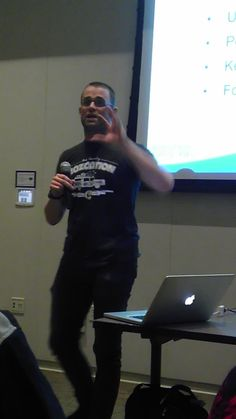 Luke from Savvy Panda rocks his #Mozcation shirt while giving a talk about SEO