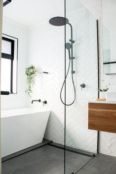 Small Bathroom Layout, Small Bathroom Renovations, Bathroom Trends, Modern Bathroom Design, Bathroom Interior Design, Contemporary Bathrooms, Bathroom Ideas, Wet Room With Bath, Small Wet Room