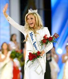 Why It's Rude To Wear Your Crown To Other Pageants http://thepageantplanet.com/rude-wear-your-crown-pageants/