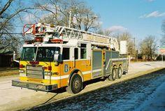 LWFD Truck 517.