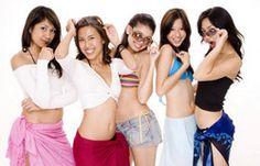 Anouk vormt samen met 4 andere meisjes een hechte vriendengroep. Sandra, Simona, Kaylim en Charlotte zijn de beste vriendinnen van Anouk.