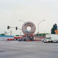 Randy's Donuts, Los Angeles, June '13 ©Maxim Leurentop