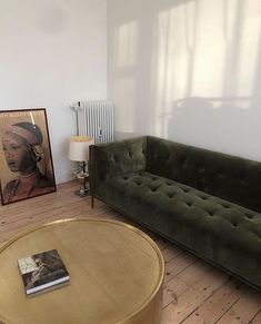 Fancy Sofa Design Ideas For Minimalist Living Room To Try - Zimmereinrichtung New Living Room, Living Room Modern, My New Room, Home And Living, Modern Couch, Sofa Design, Decor Room, Living Room Decor, Art Decor