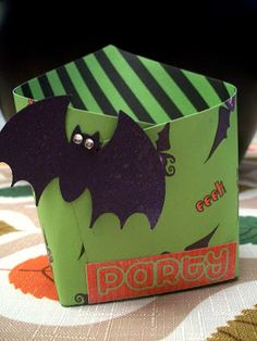 Fry Box Treat Bags (tutorial and free printable)