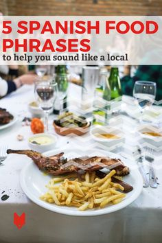 Visiting the local market and trying traditional recipes is one thing. But if you really want to take your food know-how to the next level in Spain, one of the best things to do is to try these Spanish food phrases! This guide is packed with some of our favorite fun phrases for foodies en español. Spanish Cuisine, Spanish Food, Learning Spanish, Spanish Phrases, Barcelona Travel, Foodie Travel, Street Food, Tapas, Foodies