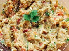 Salata de vinete - varianta gustoasa!, poza 1 Romanian Food, Pasta, Fried Rice, Eggplant, Risotto, Breakfast Recipes, Salads, Clean Eating, Food And Drink