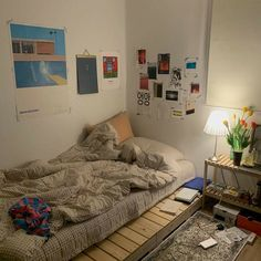 Home Interior Ideas .Home Interior Ideas Room Ideas Bedroom, Small Room Bedroom, Bedroom Decor, Study Room Decor, Chambre Indie, Indie Room, Minimalist Room, Pretty Room, Aesthetic Room Decor