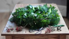 There's nothing like fresh evergreen wreaths to make your home look expensive at Christmastime - even though they are so cheap to make. The smell of fir, pine, or other evergreens, on fresh wreaths, make your home smell amazing too! This step-by-step tutorial shows you how to make an evergreen Christmas wreath from scratch and shows some beautiful examples of how to decorate an evergreen wreath with candles for Advent. #wreaths #evergreenwreath #realwreaths Christmas Wreaths To Make, Christmas Tree Farm, Nordic Christmas, Christmas Decorations, Hygge, Fresh Wreath, Wreaths For Sale, Wreath Hanger, House Smells