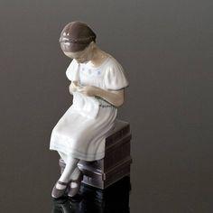 Grethe, girl knitting; Bing & Grondahl figurine no. 1656