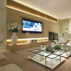 #mulpix Sala de tv | Mármore, painel em laca e iluminação indireta!! …