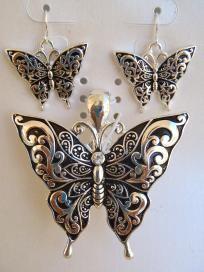Butterfly Earrings & Pendant Set