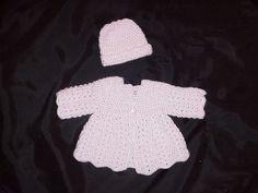 Aunt Jen's Sweater / FREE CROCHET pattern / cute outfit!