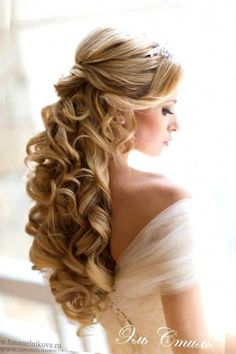 wedding hairstyle for long curly hair half up half down tagged intended for wedding hairstyles curly hair half up - Hair style wedding - Wedding Hair Half, Wedding Hairstyles Half Up Half Down, Long Hair Wedding Styles, Elegant Wedding Hair, Wedding Hairstyles For Long Hair, Trendy Wedding, Bridal Hair Half Up With Veil, Wedding Curls, Evening Hairstyles