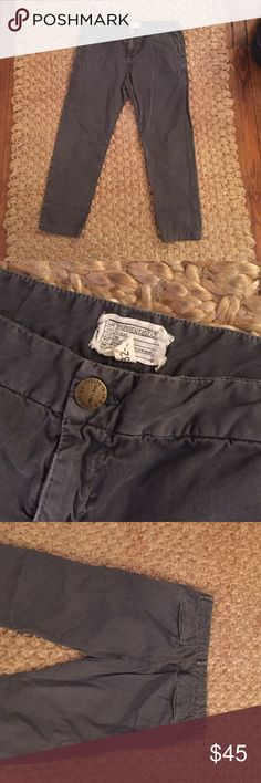 """Current Elliot cropped low waist chinos grey Cropped faded black/dark grey chinos front and back pockets. Worn rarely no tips or stains.  Sits below waist approx 36"""" at waist 38""""+ at hip. Current/Elliott Pants Ankle & Cropped"""