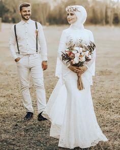 Hijab Wedding Style Hijab Wedding Dress is part of Muslimah wedding dress - . - Hijab Wedding Style Hijab Wedding Dress is part of Muslimah wedding dress - Hijabi Wedding, Wedding Hijab Styles, Muslimah Wedding Dress, Hijab Style Dress, Muslim Wedding Dresses, Wedding Poses, Wedding Bride, Dress Wedding, Bridal Dresses