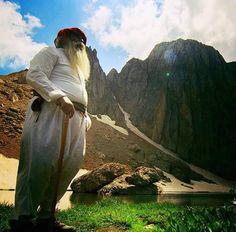 Anatolien dersim munzur Kurdistan, Iran, Qajar Dynasty, The Kurds, Garden Of Eden, Military History, Empire, Around The Worlds, Culture