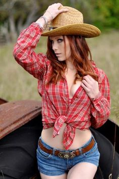 Homemade redhead country girl