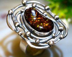 Ópalo australiano Boulder anillo plata por Izovella en Etsy