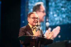 Dr. Paul Kim greeting the church ...