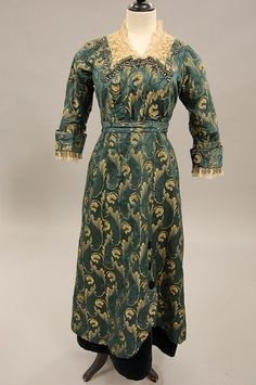 Day dress, ca. 1914; KTA