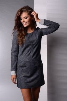 Rochie moderna, de culoare gri-inchis - Rochie moderna, de culoare gri-inchis. Are maneci lungi, decolteu rotund si fermoare in partea din fata. Este confortabila si se potriveste tinutelor casual. Colectia Rochii casual de la  www.rochii-ieftine.net Modern, Sweaters, Dresses, Fashion, Vestidos, Moda, Trendy Tree, Fashion Styles, Sweater