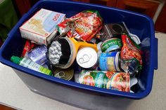 How to Make a Tornado Survival Kit. The chances of surviving a tornado are higher than most people think. With a nice kit ready, you will be more prepared. Find a medium-sized container (preferably plastic to seal out moisture/bugs) that. Survival Items, Survival Supplies, Survival Prepping, Survival Gear, Survival Skills, Wilderness Survival, Emergency Supplies, Survival Equipment, Survival Food Kits