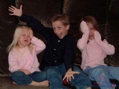 funny - brutal brother ! #cruel #pitiless #grim #relentless #harsh #kid #mischievous #naughty #imp #boy #amusing #joke #funny - Funomenia