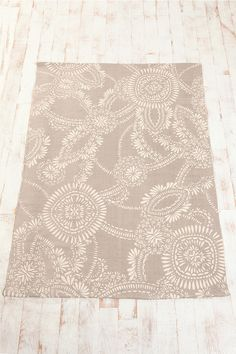 5x7 lace medallion rug, $74  {love the neutral + pattern}