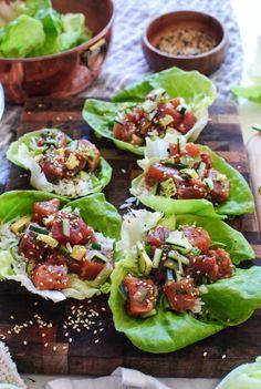Tuna poke lettuce wraps - bev cooks - i sea you еда Tuna Recipes, Seafood Recipes, Asian Recipes, Dinner Recipes, Cooking Recipes, Healthy Recipes, Spicy Tuna Recipe, Salat Wraps, Raw Tuna