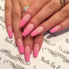 What Christmas manicure to choose for a festive mood - My Nails Nails Yellow, Cute Pink Nails, Pink Ombre Nails, Color Nails, Perfect Nails, Gorgeous Nails, Pretty Nails, Summer Acrylic Nails, Best Acrylic Nails