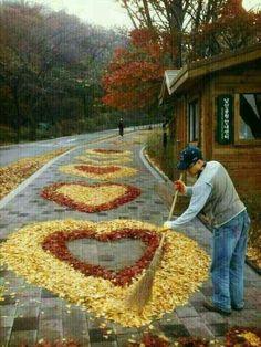 It& a beautiful world Heart In Nature, Heart Art, Land Art, Yoga Studio Design, I Love Heart, Love Symbols, Belle Photo, Beautiful World, Heart Shapes