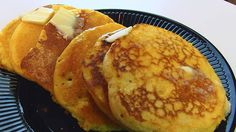 Betty demonstrates how to make Pancake Cornbread. This is a favorite food in Central Kentucky. Fried Cornbread, Hoe Cakes, How To Make Pancakes, French Toast Bake, New Cookbooks, No Cook Meals, Food Hacks, Bread Recipes, Easy Meals