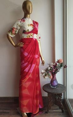 Pink- Red Shibori Ruffle Saree with Floral Blouse – LabelKanupriya Shibori Sarees, Drape Sarees, Khadi Saree, Silk Sarees, Chiffon Saree, Saree Dress, Red Saree, Chiffon Ruffle, Saree Draping Styles